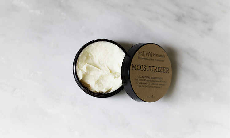 TheMoisturizer_on